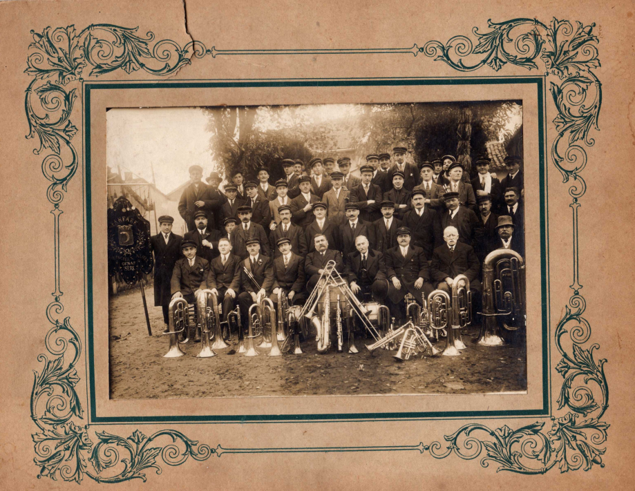 1922 (2).jpg