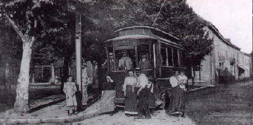 01  la place Hier 1900
