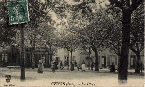 02 la place hier 1900