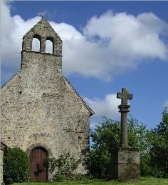 église de Poché + croixR.jpeg