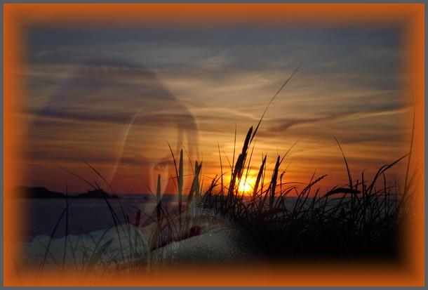 Femme et coucher de soleil.jpg