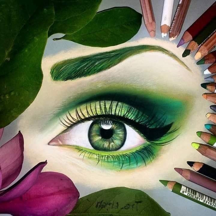 Oeil de femme.jpg