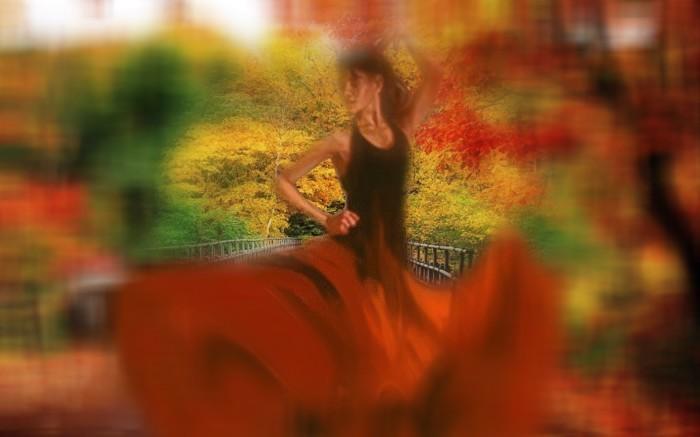 danseuse en automne.jpg