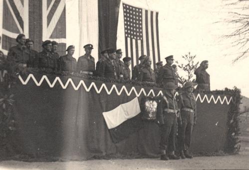 Ph6 - Prestation de serment San Sepulcro 18.02.1945.JPG