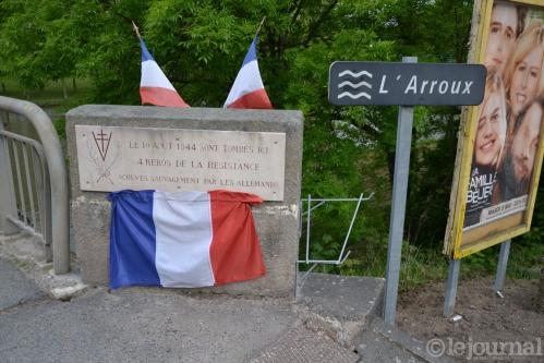 1 la-stele-avant-la-ceremonie-guy-lhenry-(clp).jpg
