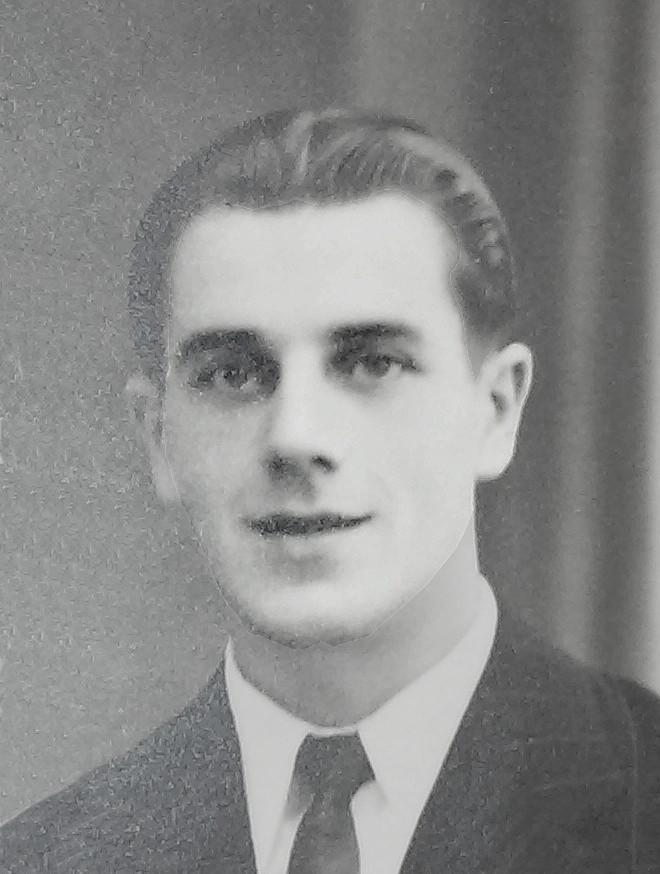 Roger Pindon b.jpg