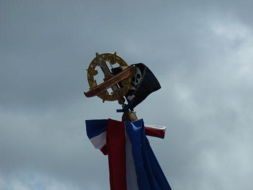 A.Coat , ce 02.07.2012
