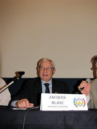 LE PRESIDENT JACQUES BLANC .