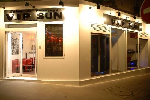 Salon de bronzage vip sun paris for Ouvrir un salon de bronzage