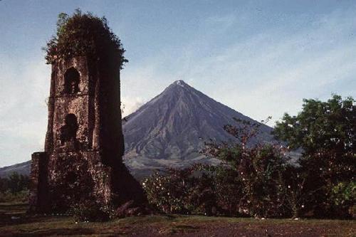 Volcan Mayon, île de Luzon aux Philippines
