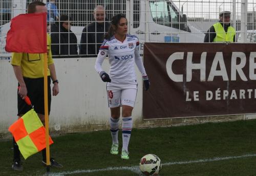 Soyaux-Lyon (5) Necib au corner.jpg