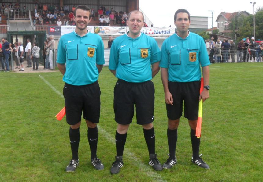 SP-Limoges (4) les arbitres.jpg