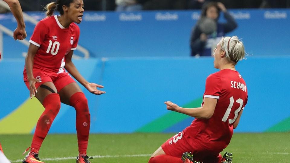 France-Canada 12-08-2016 (2) Schmidt.jpg