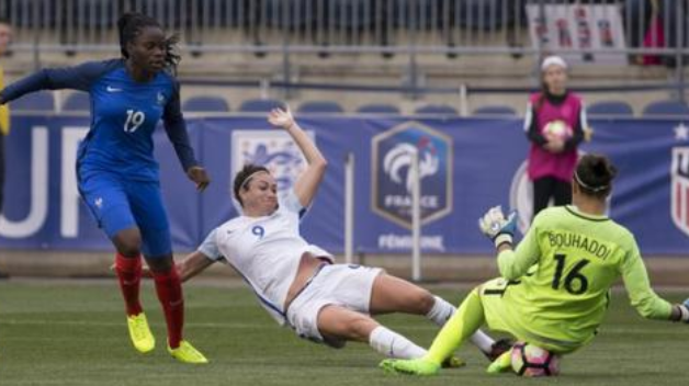 Angleterre-France - 1-03-2017 (2) but de Nobbs.png