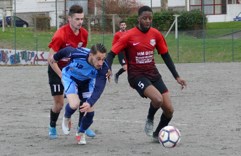 Kaoussou Diaby devant Jérémie Vignaud