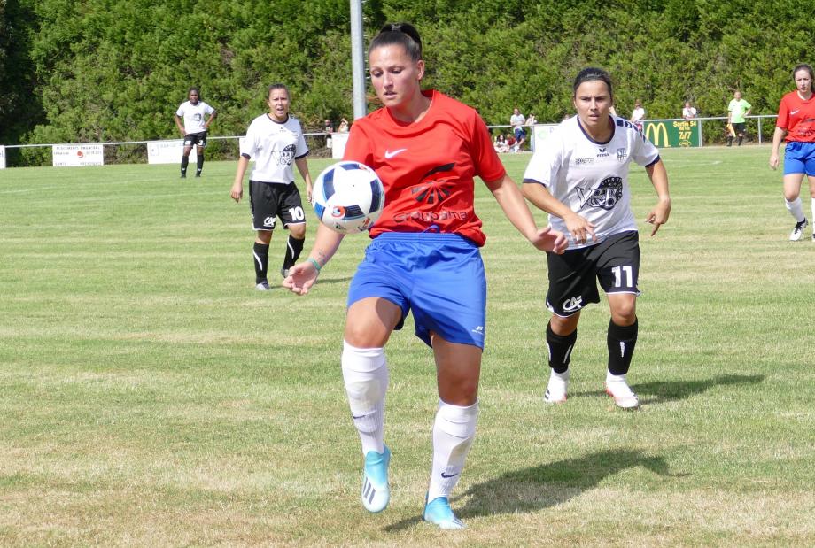 Claire Chambon