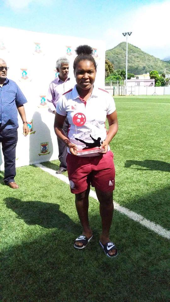 Jacques Novelinah TOMBO (Madagascar) meilleure joueuse et buteuse