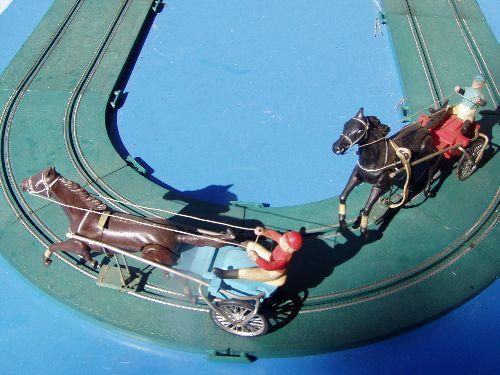 Circuit de petits chevaux, 350€