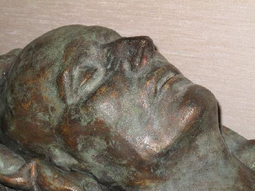 Masque mortuaire de l'Empereur, bronze, tirage d'après le moulage du Dr Antomarchi, 12kg, 3750€