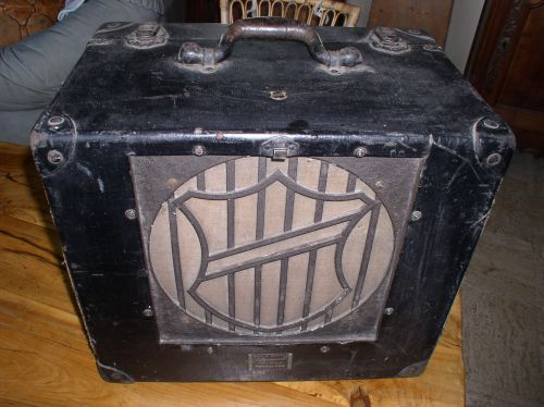 Enceinte Bell & Howell années 50 ,16ohms, 250€