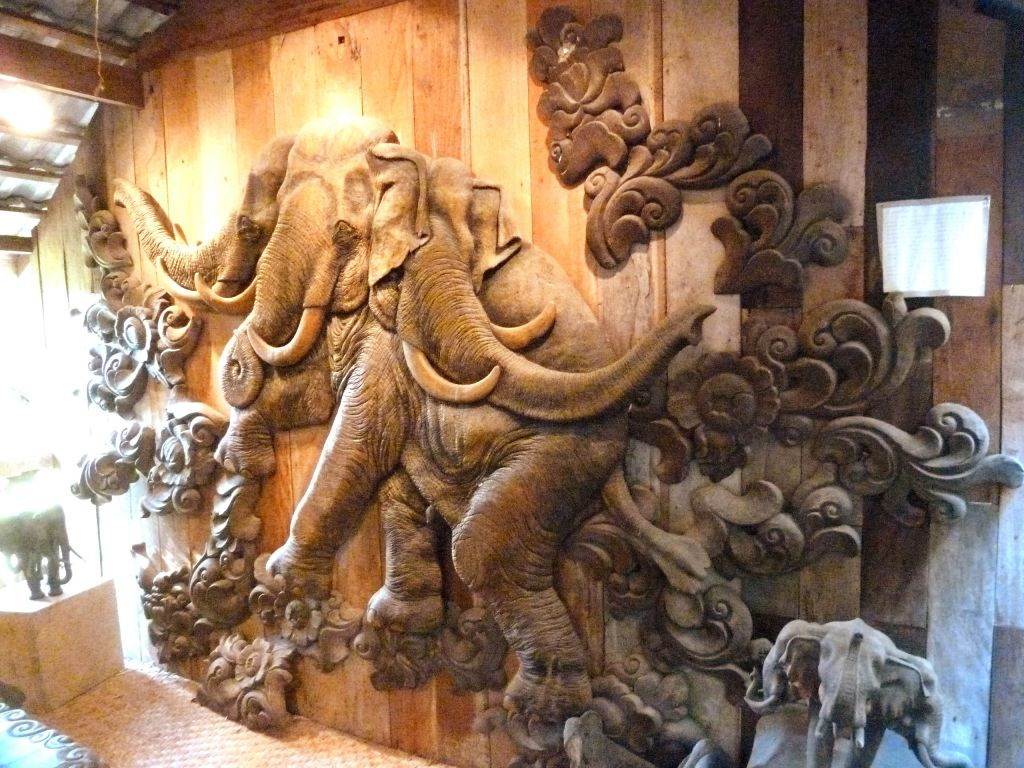 Musee elephants le merveilleuse chiang ma - Magasin ouvert aujourd hui dans le 57 ...