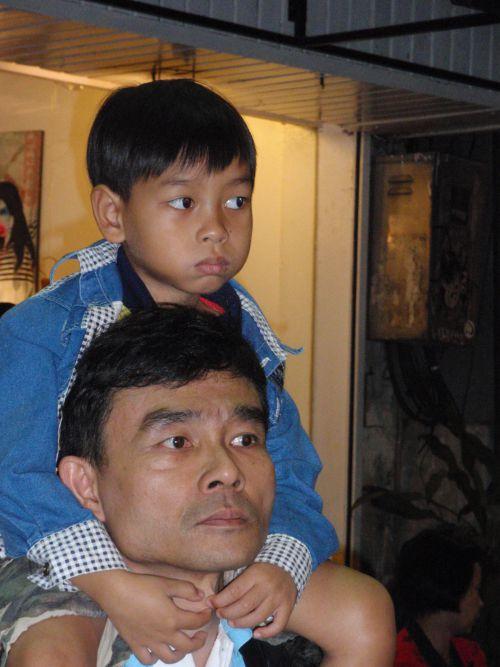 01 - YI PENG 2011