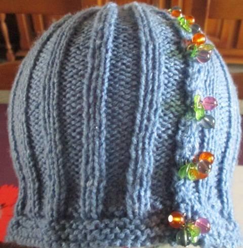 bonnet pampilles (2).JPG