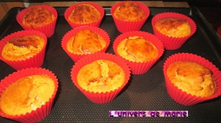 minis cakes orange (1).JPG