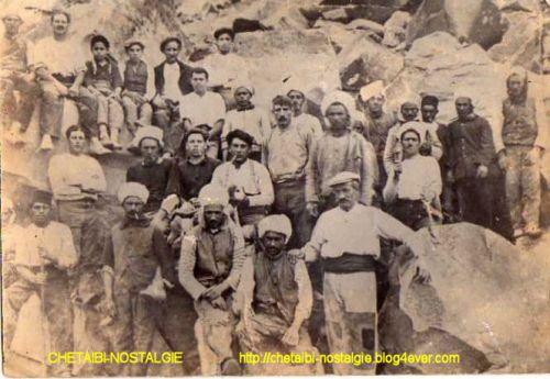 Anciens  travailleurs des  carrières  de  granit  d'Herbillon