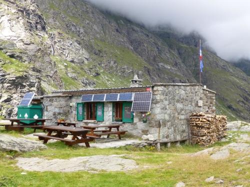 2014 08 15 le lac noir et le refuge d'ambin Bramans (7).JPG