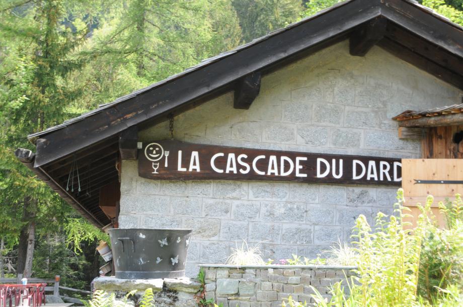 18-05-19_022_Cascade_du_Dard.JPG