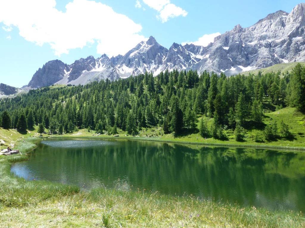 Queyras le lac miroir 2210 m et le lac saint anne 2415 m for Lac miroir queyras