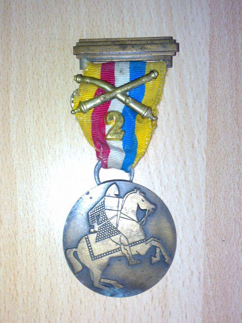 marche luxembourg diekirch, le reste des medailles perdues, la marche de la mort 100km, du souvenir etc...