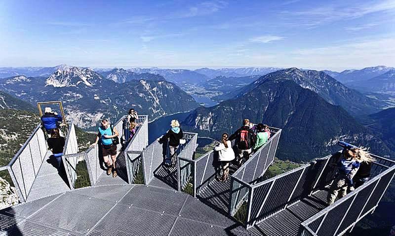 Alpes autrichiennes depuis la plateforme Five Fingers,