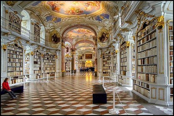 BibliothquedelabbayebndictinedAdmont[4].jpg