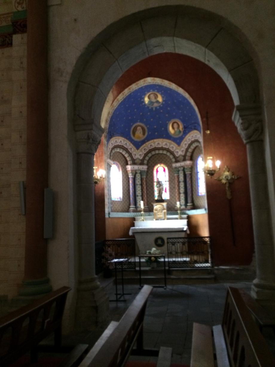 Eglise Romane de St Pierre de Blesle.JPG