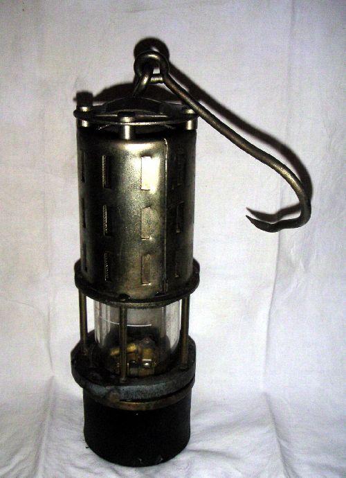 lampe utilisée en Pologne