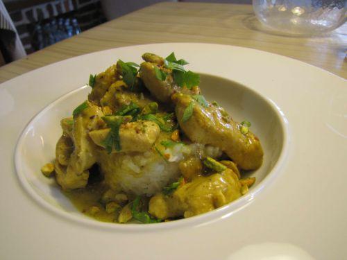 Poulet parfumé au curry vert
