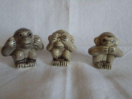 111 - les petits gris (cadeau LA mai 2010)
