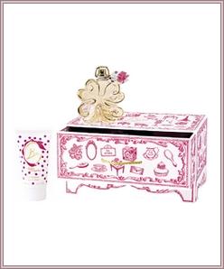 lolita_lempicka_coffret_si_lolita_noel_2010_eau_de_parfum1 blog.png