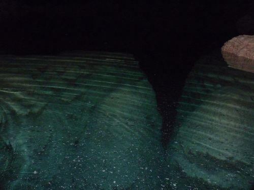 Abismo: des stalagmites et le calcaire qui flotte