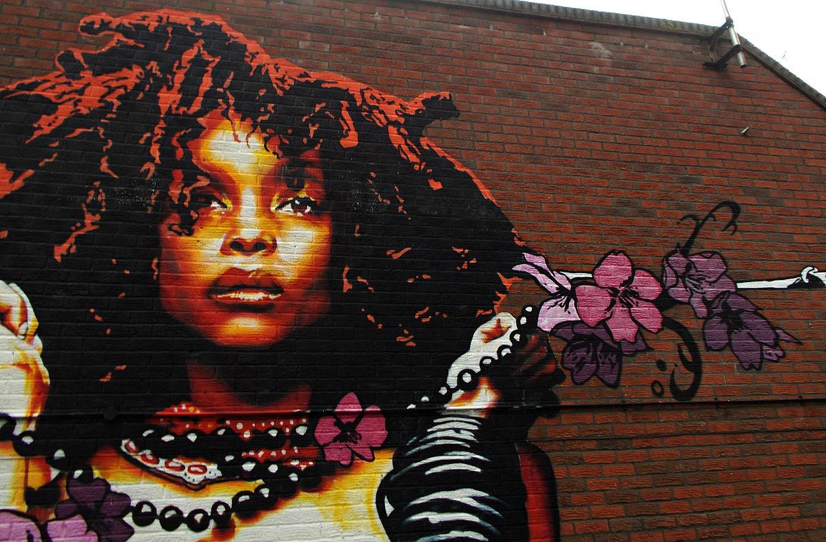 Erykah_Badu_wall_art_Wellesley_Rd_SUTTON_Surrey_Greater_London_(3).jpg
