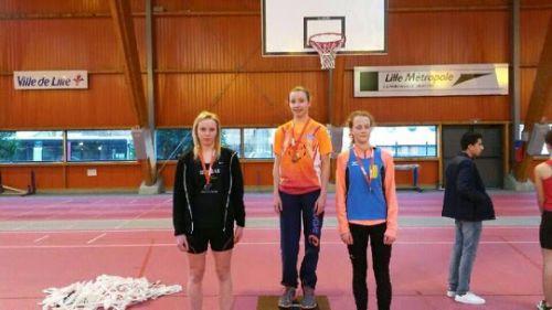Notre Wingloise  Anais De Decker à droite termine 3e à la hauteur avec un saut à 1,42 mètres