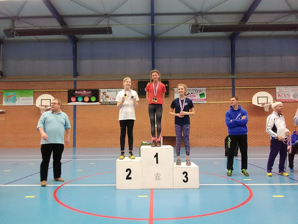 Wacheul calixte:1ere au triathlon,2eme au triple-bond,3eme au 50 mètres plat et 6 eme au poids aux départementaux à Isbergues le 24/02/2018
