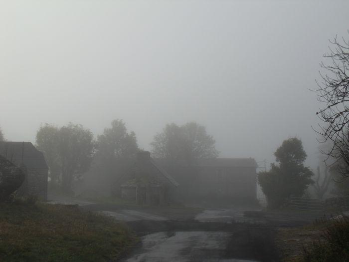 Départ dans la brume matinale