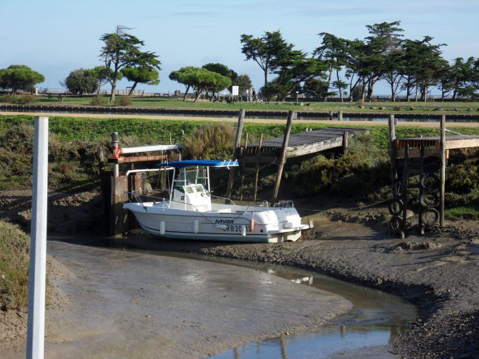 Départ à marée basse oblige
