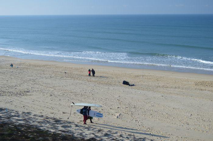 Les surfeurs en piste