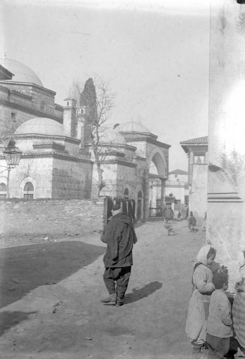 salonique 152 La mosquée-zawiya de l'İnegöllü İshak Pacha.jpg
