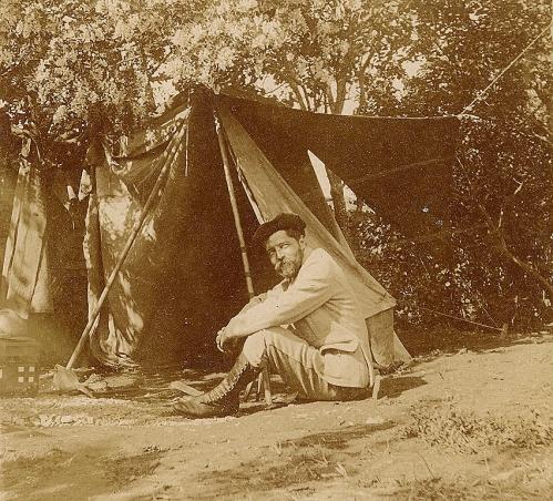serbie HS09 campement.jpg