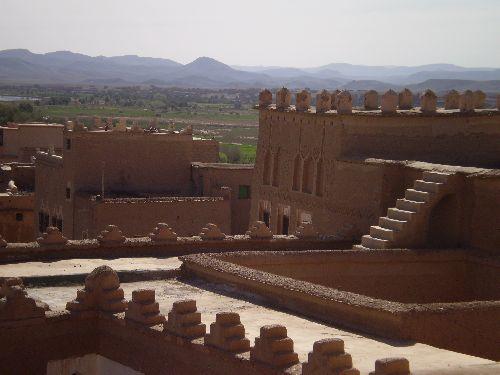 OUARZAZATE  les terrasses de la casbah TAOURIRT